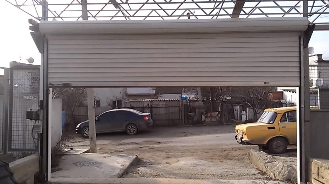 Рулонные ворота для въезда в гаражный кооператив